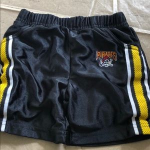 3/6 months Pittsburgh Pirates shorts